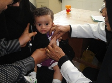 Vaccination coverage in the first phase of Yemen's measles campaign is more than 90%. Photo: UNICEF/Yemen/2012/Hibatullah