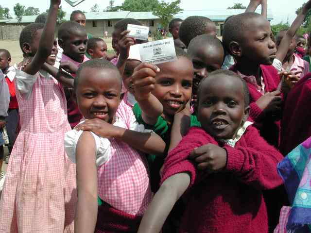 Kenya's first nationwide measles campaign in 2002.  Photo: Edward Hoekstra